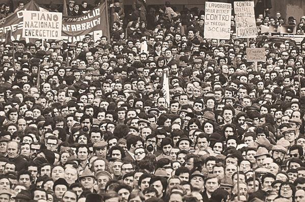 ENRICO BELLUSCHI - Milano 7 febbraio 1974 Sciopero generale provinciale contro il carovita