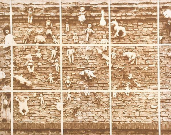 ALDO  TAGLIAFERRO - Progetto per analisi del feticismo da una immagine ritrovata particolare. Variante seppia n. 1